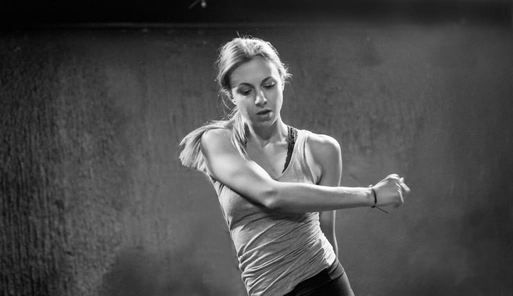 Μαθήματα Σύχρονου Χορού - Κωνσταντίνα Λάλου