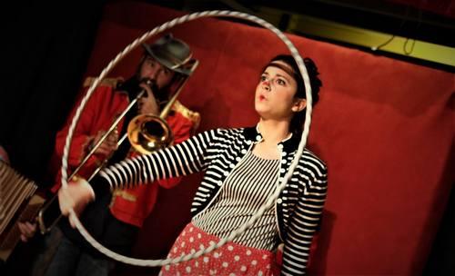 Απόκριες 2019, Παραστάσεις με σαπουνόφουσκες, τσίρκο, παιδιά και γονείς, bubble shows, athens, bubble performing, mr and mrs bubble, circus, fabrica athens